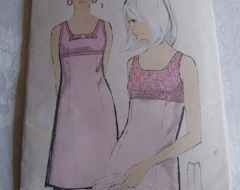 1960's Maudella dress pattern, bust 34 inch