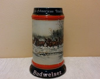 """Vintage 1990 Collector's Series """"An American Tradition"""" Budweiser Clydesdale Stein"""