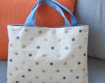 Tote coated peas blue, green and taupe fabric.