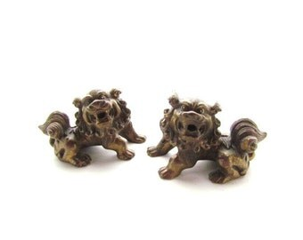 Vintage Pair of Brass Foo Dogs / Shishi / Solid Heavy Brass