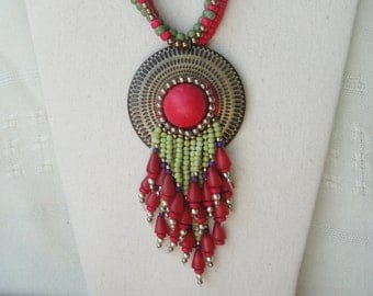 Red & Green Necklace Set