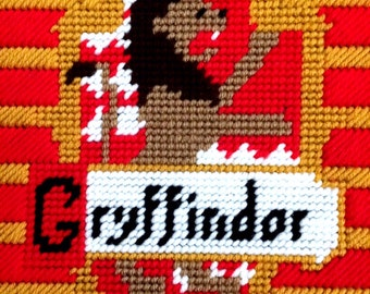 Gryffindor House Logo Plastic Canvas Pattern