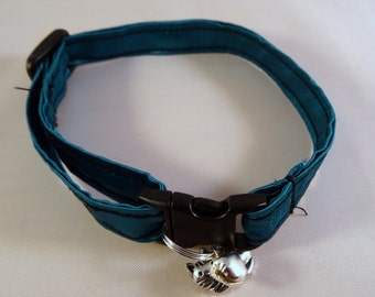 Cat Collar optional bow // Teal turquoise silky collar