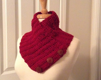 Beautiful hadmade scarf with buttons