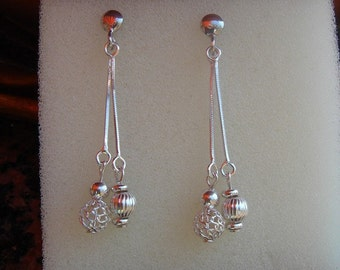 "925 Silver earrings! Shiny, precious and ""In""!"