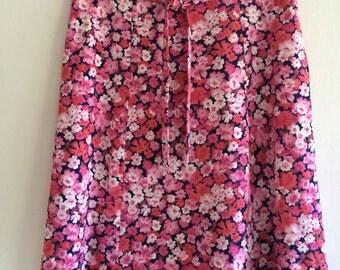 Ladies/vintage/skirt/pink/floral/print/knee length/plus size/tie/belt/mid century/1960s/Scandinavian/feminine