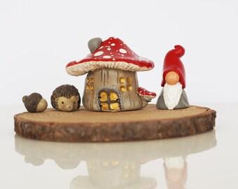 Fairy garden house set - Fairy garden accessories - Hedgehog - Acorn - Gnome miniatures - Clay mushroom house - Miniature garden accessories