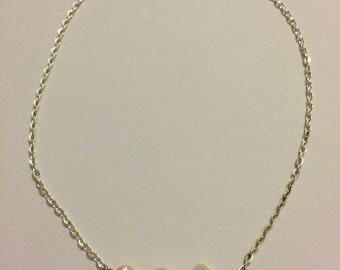 Pearl chain choker
