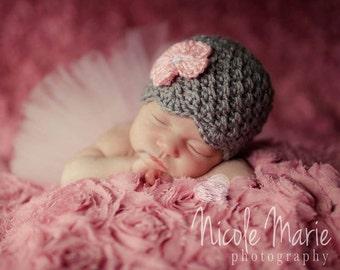 Baby Girl Hat, Ready to Ship, Baby Shower Gift, Crochet Baby Hat, Coming Home Hat, Baby Girl, Newborn Photo Prop, Grey Pink, Newborn Hat