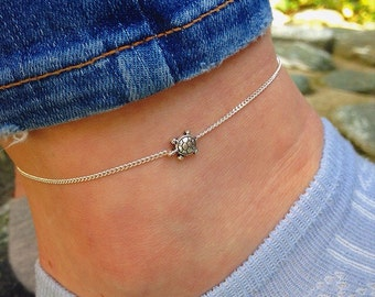Sea turtle anklet, silver anklet with turtle charm, beaded ankle bracelet by Serenity Project.Nature gifts, animal lovers, gifts for her.