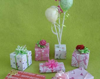 Miniature Birthday Balloons and Presents (1/12th Dollhouse scale)
