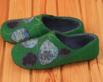 Felted wool slippers Woman felt slippers Boiled wool slippers Gift for her