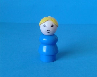 """Vintage Fisher Price Little People """" #952 Family House Blond Woman """" 1970's"""