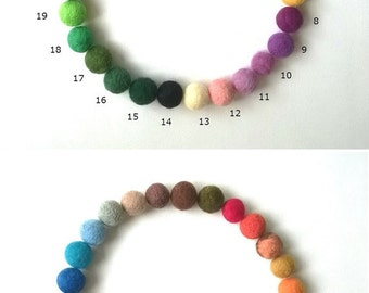 30 Wool Felt Beads, Mix and Match 2CM Wool Felt Balls 20 mm, Wool Felt Beads, Multicolored Felt Balls, Felted Balls, 100% Wool Felt Pom Poms