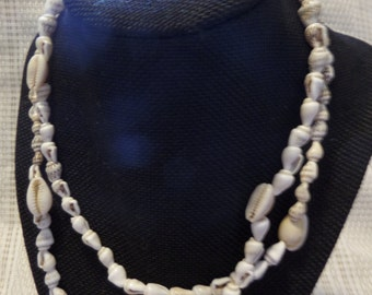 """Light Brown and white  shell necklace 17 1/2"""""""