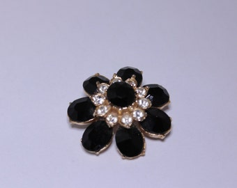 Black and clear rhinstone brooch, Flower Shaped pin