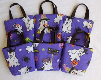 Set of 6 Halloween Fabric Gift Bags/ Party Favor Bags/ Halloween Goody Bags- Ghost Dress Up