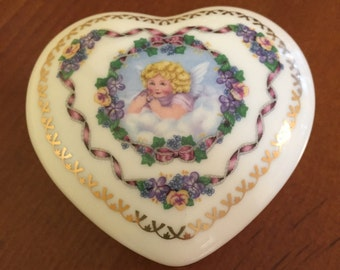 "Vintage 1989 Heritage House Classics Limited Edition Fine Porcelain Music Box "" Misty"" Collectible Angel Music Box"