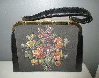 VINTAGE Tapestry/Needlepoint Handbag - Clutch