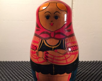 Beautiful Vintage Russian Nesting Dolls