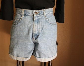 Vintage High-Waisted Jean Shorts From Riders // Size 6-7
