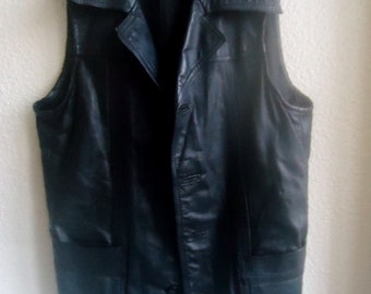 A leather vest sleeveless,Women Black  Leather vest  vintage 90's,US size,Men leather vest  12