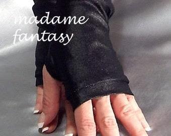 Black wet look fingerless gloves