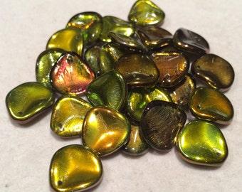 Rose Petal Beads, 14x13mm, Crystal Magic Green, 00030-95400, 25 Beads, Czech Glass