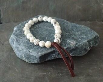 Earthy White Turquoise Bracelet Dear Skin Leather Magnesite bracelet Leather Bracelet Stretch Bracelet Rustic Bracelet Stackable Bracelet