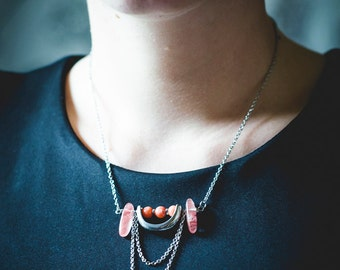 Growing necklace of moon/stones semi-precious/coral/white/aquamarine/steel stainless