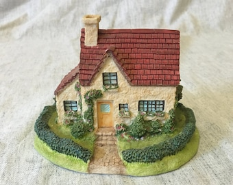 Vintage Olde Englands Classic Cottages Figurine, The Carlisle