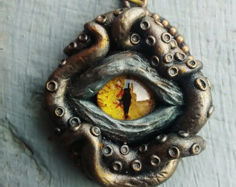 Eye pendant, tentacles pendant, creepy eye, fantasy jewelry, gothic pendant