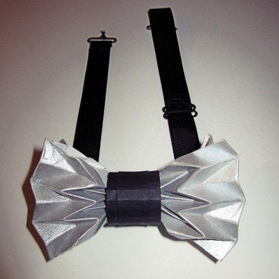 articles similaires noeud papillon origami argent sur etsy. Black Bedroom Furniture Sets. Home Design Ideas
