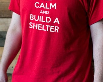Keep Calm and Build a Shelter - Robinson Crusoe Board Game T-shirt