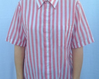 striped red button up - striped button up shirt w/ pocket size M made in USA