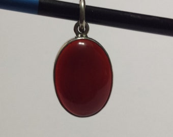 Hand Made Sterling Silver and Cabochon Cut Oval Carnelian Pendant (41sil)
