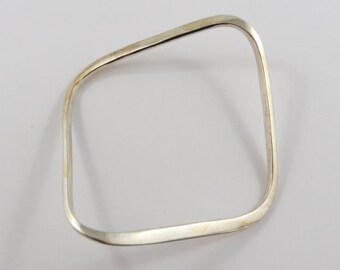 Sterling Silver Twisted Square Shaped Bangle