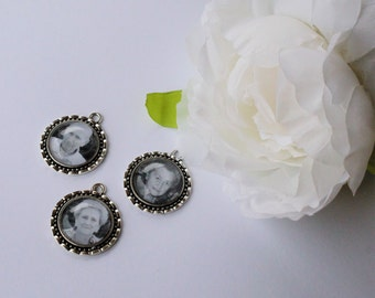 FREE SHIPPING AUS - Customise Your Own - Photo Charm - Wedding Bouquet Charms - Antique Silver - Glass Sealed - Keyring Charm Photo Pendant