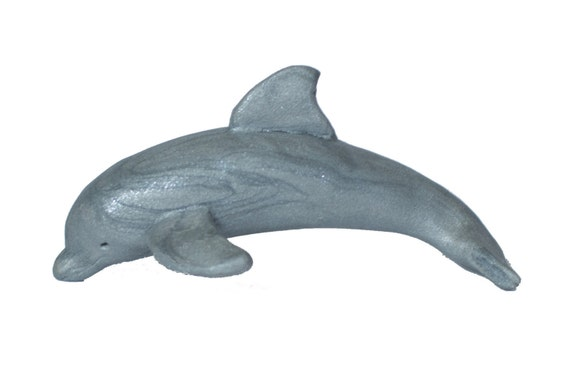 how to make a dolphin out of clay