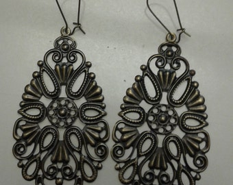 Filigree rose earrings, bronze plated