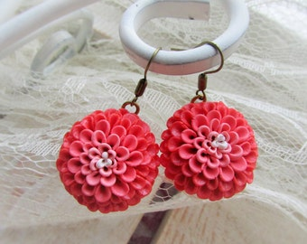 Polymer clay jewelry, Flower Earrings, Flower Dhalias, Pink color transition