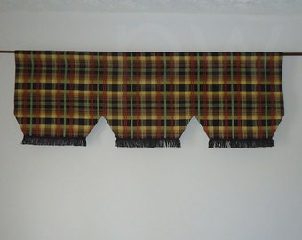 Waverly Ballroom Plaid Onyx Valance, Lined