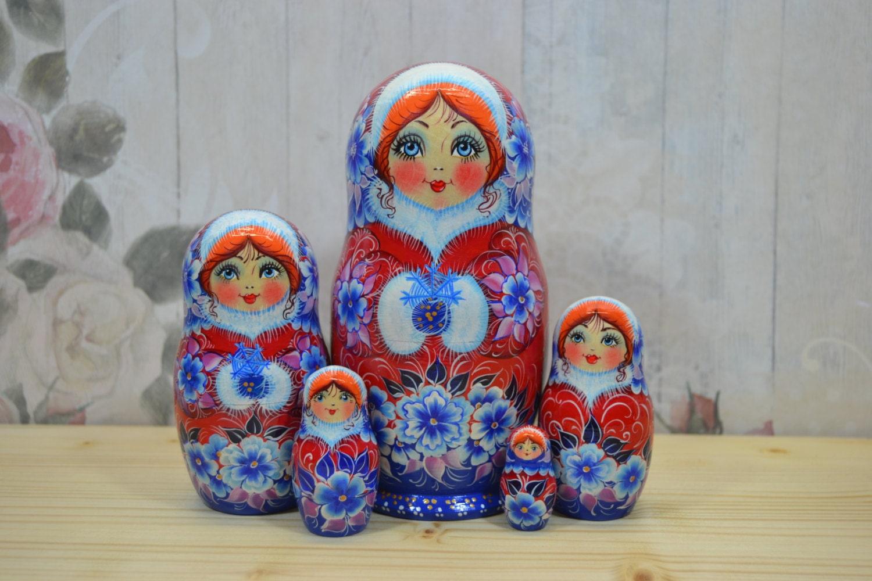 traditional russian nesting doll set of matryoshka dolls 5