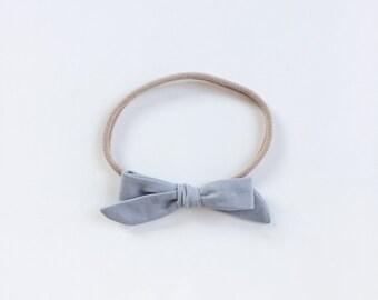"""Baby headband with bow - hair bow """"Lia"""" Silber"""