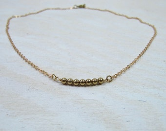 Gold colored boho necklace, beaded necklace, minimalistic jewelry, chain gold colored brass, simple classic jewelry, handmade