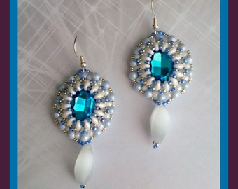 Sapphire and white coloring earrings