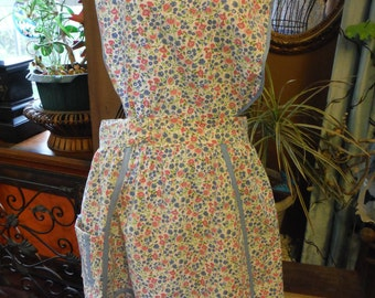 1940 Blue Trim Cotton apron with Blue and Pink Flowers
