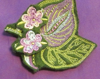 Machine embroidered broach
