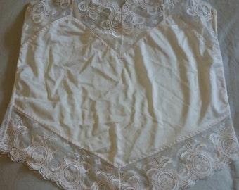 Camisole by Intimita Lingerie (size 14 Aus/UK/NZ & 7/US)