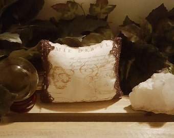 Witches Dream Pillow //Astral Projection//Old World Magical Workings//Protection During Astral Travel//Spirit Dreams